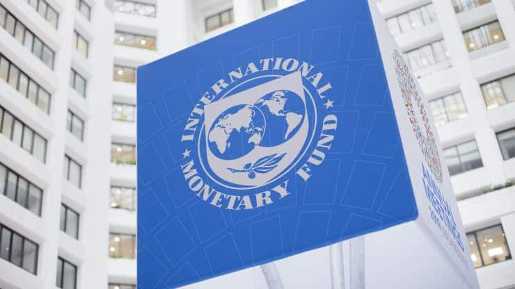 IMF warns that debt overhang and financial vulnerabilities pose double threat to economic recovery